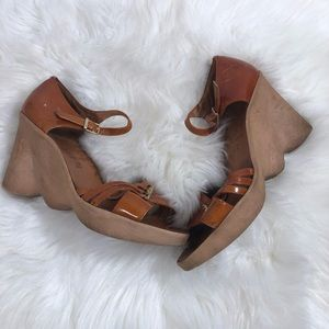 Famolare vintage strappy wedge sandals
